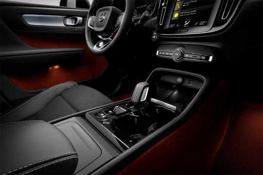 interieur-volvoXC40-autovanhetjaar-2018-puurvangeluk