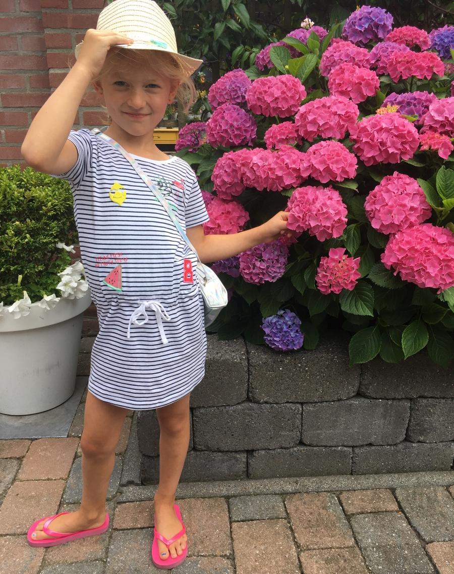 low-budget-meisjeskleding-puurvangeluk