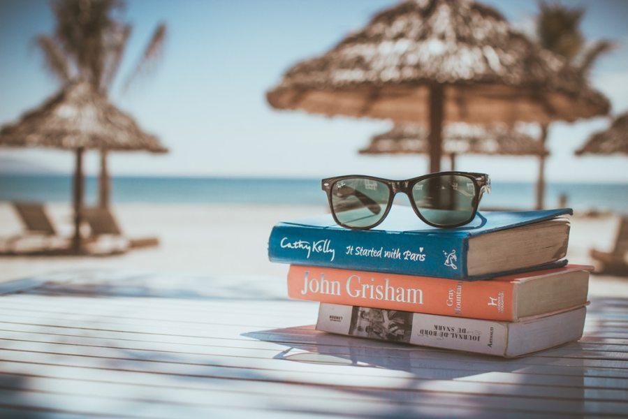 boeken-vakantie-checklist-puurvangeluk