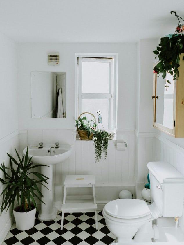 6-tips-kleine-kamertje-toilet-sfeervol-puurvangeluk