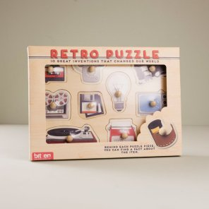 585213-bitten_retro_items_puzzel-1