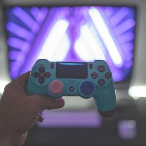 verslaafd-aan-gamen-internet-puurvangeluk